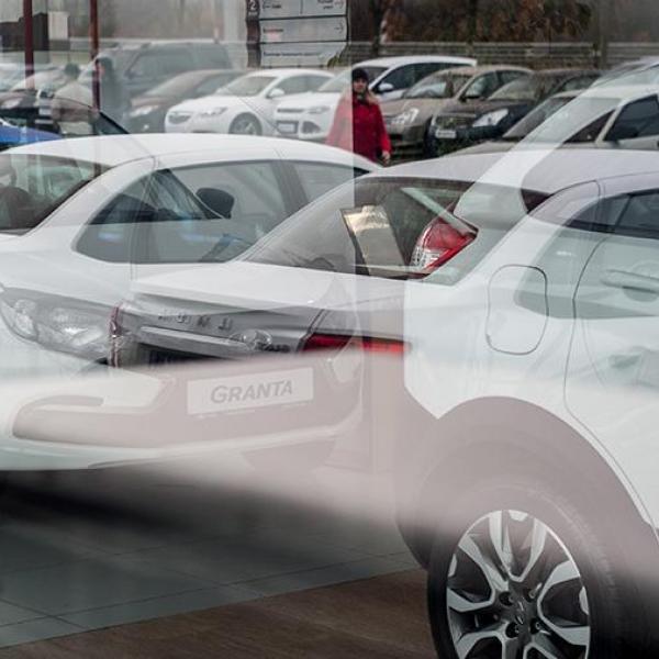 Названы самые продаваемые автомобили в России в апреле - Авто-эксперт Крым - Профессиональная помощь для автовладельцев